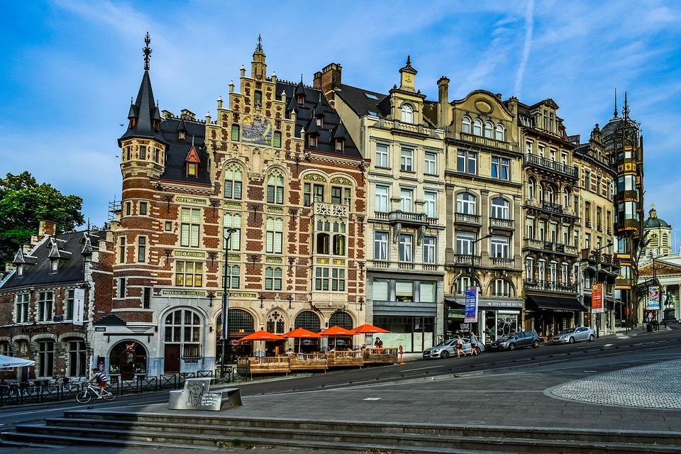 Brussels city centre architecture 比利时 布鲁塞尔 古老建筑 市中心 购物