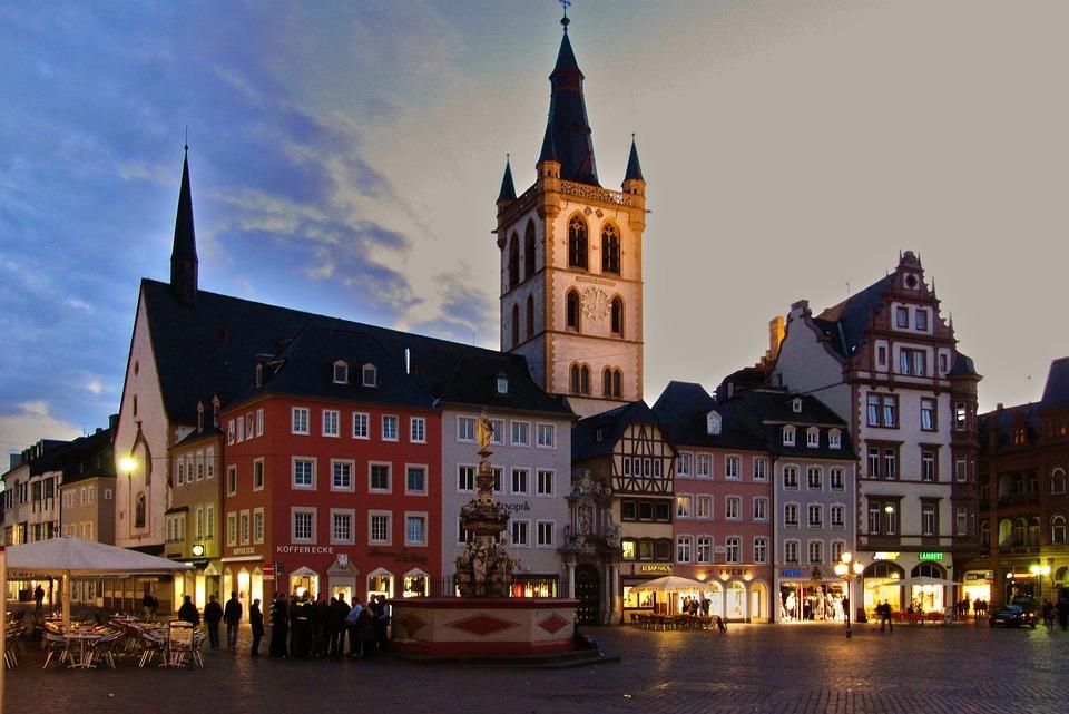 Trier 德国 特里尔 马克思故居教堂 古老城市